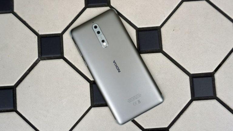Nokia 9 galimai turės dviejų lęšių kamerą su optiniu priartinimu