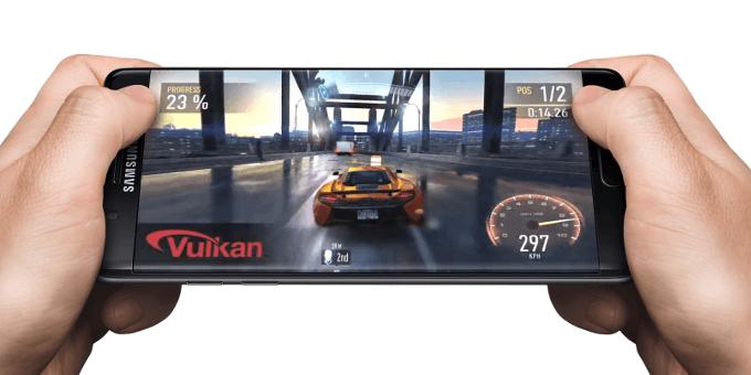 """Pranešama, kad """"Samsung"""" planuoja išleisti telefoną skirtą žaidimams, tačiau tam negalės naudoti Super AMOLED ekrano"""